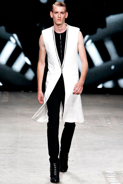 Gareth Pugh Spring/summer 2012/13